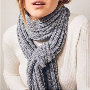 NEW! Pacsun Chenille Scarf